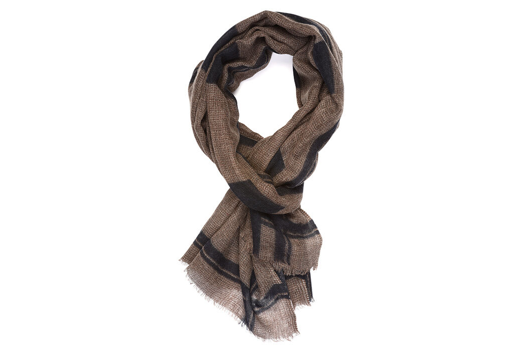 Woolen Scarf Brown and navy pattern