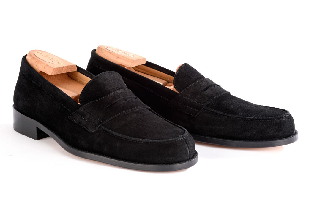 Wembley Classic Black Suede
