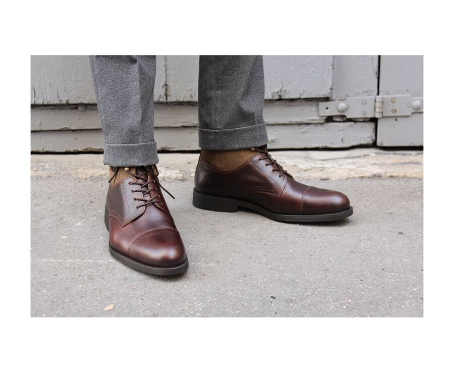 Irving Gomme Country Chocolate grained Leather