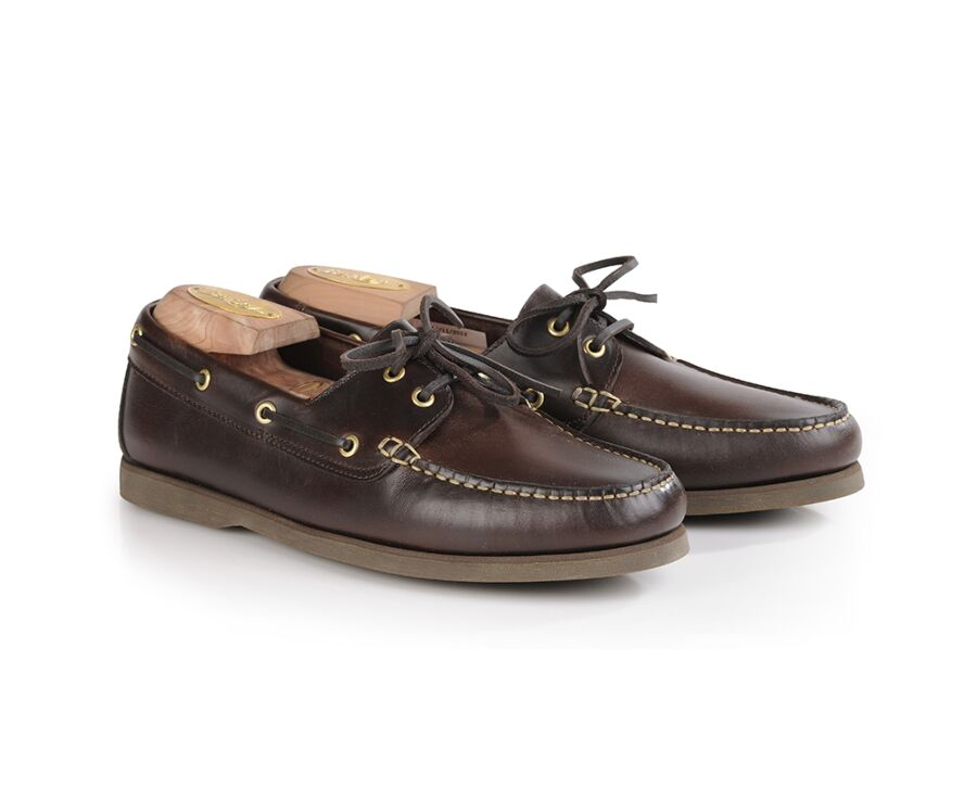 Trawler Dark chestnut